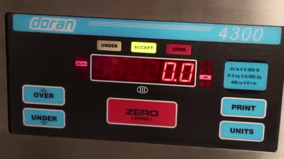 Doran 4300 Checkweigh Scale Video Doran – 4300 Checkweigh Scale Video