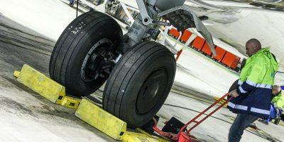 Weighing Aircraft